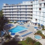 Hotel Tradewinds Sandpiper Beach Resort