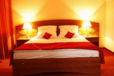 Hotel Azimut : Bedroom SAINT PETERSBURG