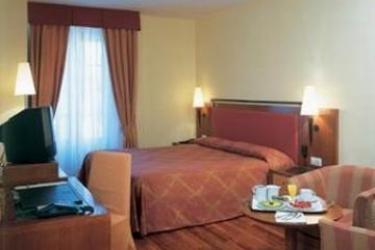 Hotel Nh Collection Salamanca Palacio De Castellanos: Bedroom SALAMANCA