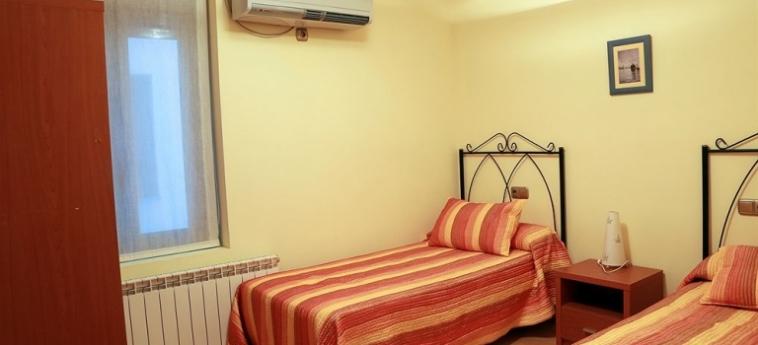 Hotel Apartamentos Toro 33: Swimming Pool SALAMANQUE
