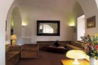 Hotel Plaza: Living Room SALERNE