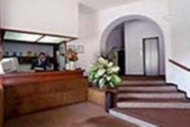 Hotel Plaza: Réception SALERNE