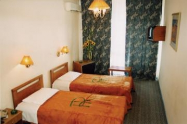Hotel Rotonda: Habitación SALÓNICA
