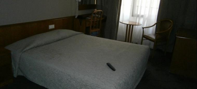 Hotel Metropolitan: Camera Matrimoniale/Doppia SALONICCO