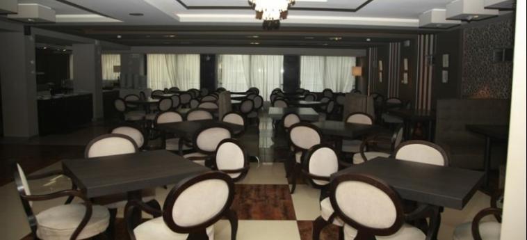 Hotel Metropolitan: Ristorante SALONICCO