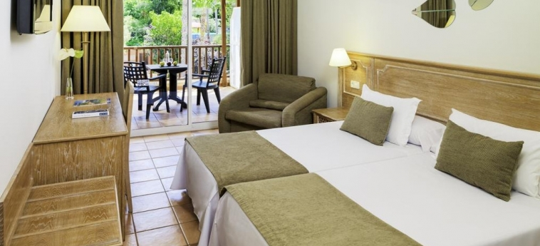 Hotel H10 Mediterranean Village: Chambre jumeau SALOU - COSTA DORADA