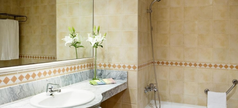 Hotel H10 Mediterranean Village: Salle de Bains SALOU - COSTA DORADA