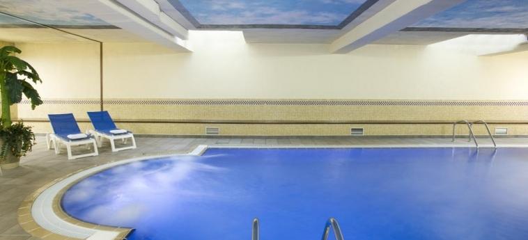 Hotel H10 Mediterranean Village: Innenschwimmbad SALOU - COSTA DORADA