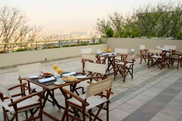 Hotel Sheraton: Restaurante Exterior SALTA