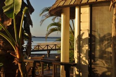 Hotel Le Lagoto Resort: Vue plage / océan SAMOA