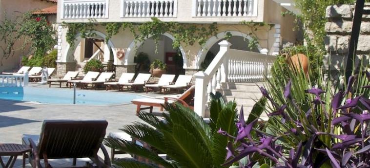 Hotel Ino Village: Esterno SAMOS
