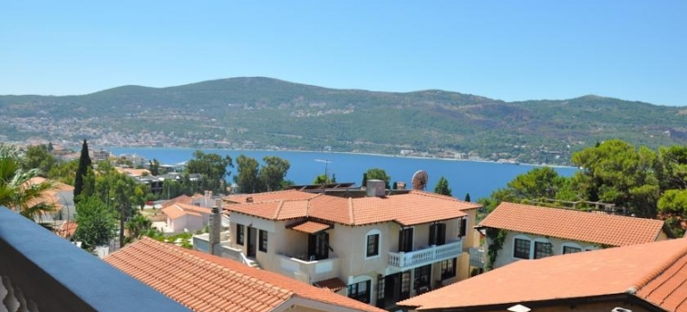 Hotel Ino Village: Panorama SAMOS