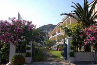 Hotel Paradise: Esterno SAMOS