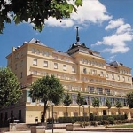 Hotel Nh Victoria Palace