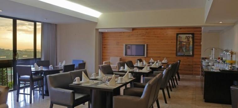 Hotel Crowne Plaza San Salvador: Sala Colazione SAN SALVADOR
