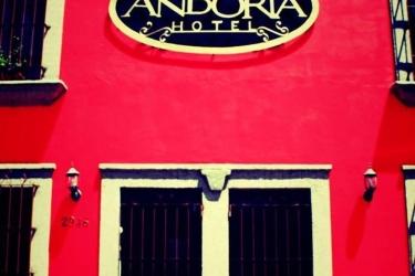 Hotel Andoria: Strand SAN SALVADOR