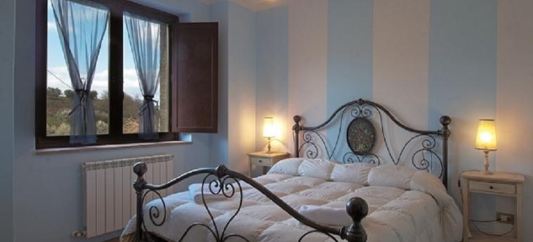 Hotel Il Posto Delle More: Camera Matrimoniale/Doppia SAN VENANZO - TERNI