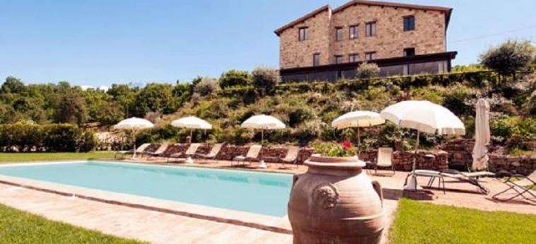 Hotel Il Posto Delle More: Piscina SAN VENANZO - TERNI