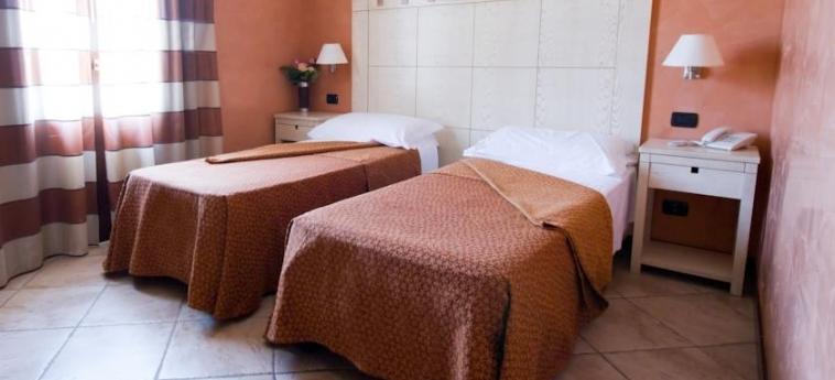 Villa Zina Park Hotel: Chambre jumeau SAN VITO LO CAPO - TRAPANI