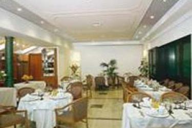 Hotel Festival: Restaurant SANREMO - IMPERIA