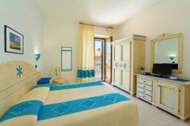 Camera Matrimoniale A Olbia.Hotel Moderno Santa Teresa Di Gallura Olbia Tempio Prenota Con