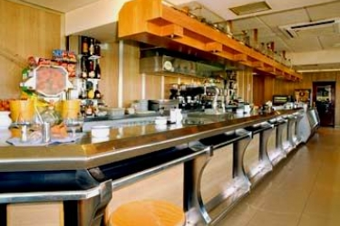 Hotel Los Angeles: Bar SANTANDER