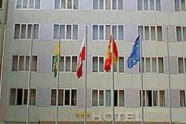 Hotel Bezana Lago: Exterior SANTANDER