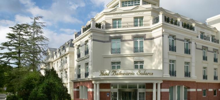 Hotel Castilla Termal Balneario De Solares: Faccia dell'hotel SANTANDER
