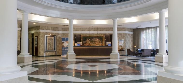 Hotel Castilla Termal Balneario De Solares: Hall SANTANDER