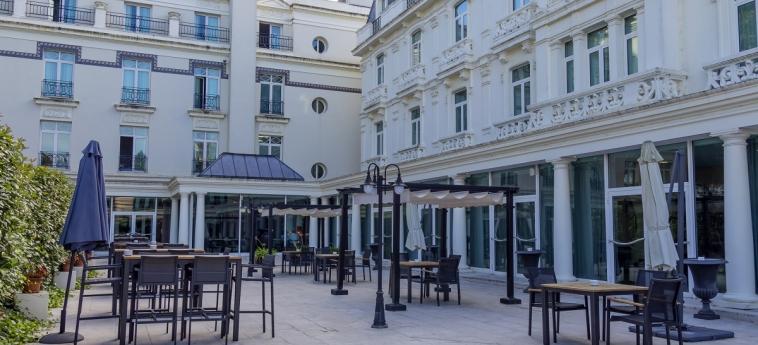 Hotel Castilla Termal Balneario De Solares: Patio SANTANDER