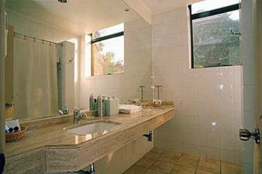 Hotel Bonaparte: Bathroom SANTIAGO DE CHILE