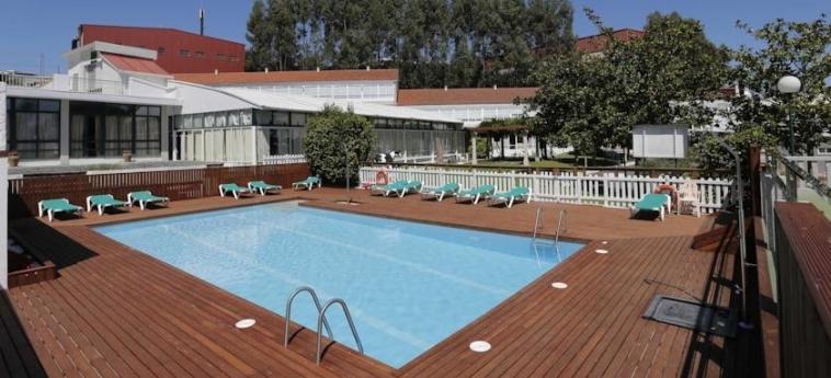 Hotel Congreso: Außenschwimmbad SANTIAGO DE COMPOSTELA