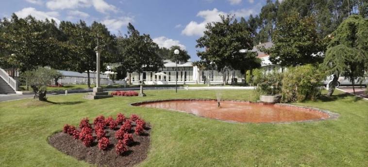 Hotel Congreso: Garten SANTIAGO DE COMPOSTELA