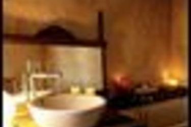 Sextantio Albergo Diffuso: Bathroom SANTO STEFANO DI SESSANIO - L'AQUILA