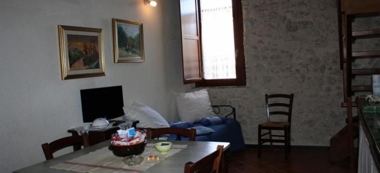 La Casa Su Le Dimore Del Borgo: Appartement Saraceno SANTO STEFANO DI SESSANIO - L'AQUILA