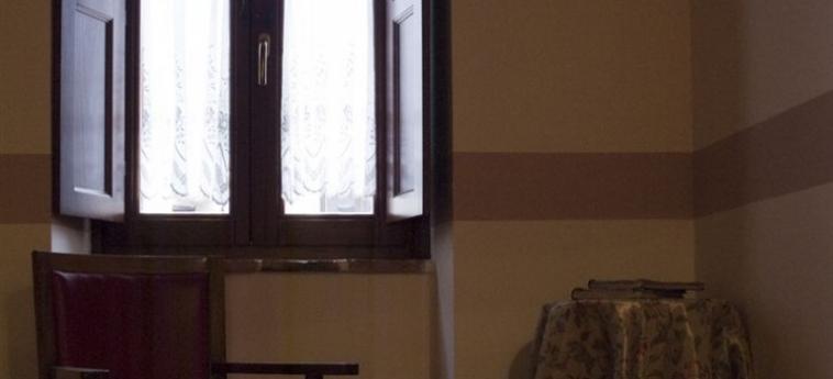 La Casa Su Le Dimore Del Borgo: Ballroom SANTO STEFANO DI SESSANIO - L'AQUILA