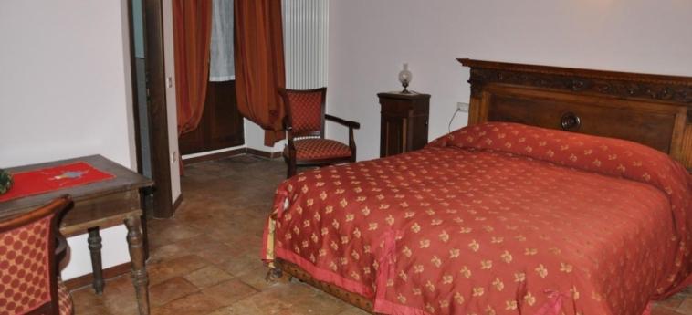 Hotel Residence Il Palazzo: Guestroom SANTO STEFANO DI SESSANIO - L'AQUILA