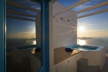 Hotel Abyssanto Suites & Spa: Bierstube SANTORINI