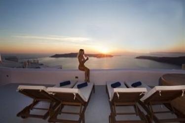 Hotel Abyssanto Suites & Spa: Schlafzimmer SANTORINI