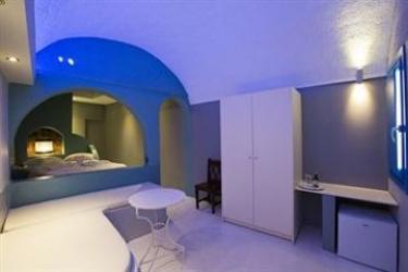 Hotel Abyssanto Suites & Spa: Zimmer Groß Deluxe SANTORINI