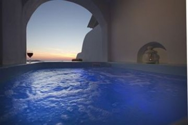 Hotel Abyssanto Suites & Spa: Junior Suite Deluxe Room SANTORINI