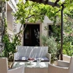 Hotel Lava Suites & Lounge