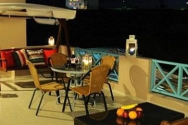 Hotel Villa Rose: Sorgente Termale SANTORINI