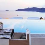 Hotel Kirini Suites & Spa