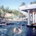 Hotel Puri Santrian