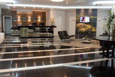 Bristol Portal Do Iguacu Hotel: Lobby SAO JOSE DOS PINHAIS