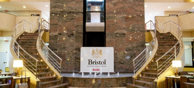 Bristol International Airport Hotel: Bathroom - Suite SAO PAOLO - GUARULHOS