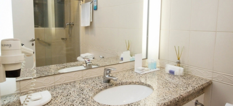 Bristol International Airport Hotel: Suite Room SAO PAOLO - GUARULHOS