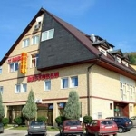 Imzit Hotel-Dobrinja