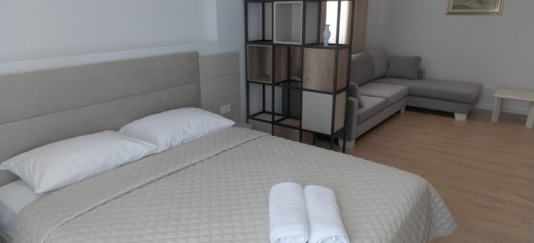 Hotel Vila Kalcuni: Chambre SARANDA